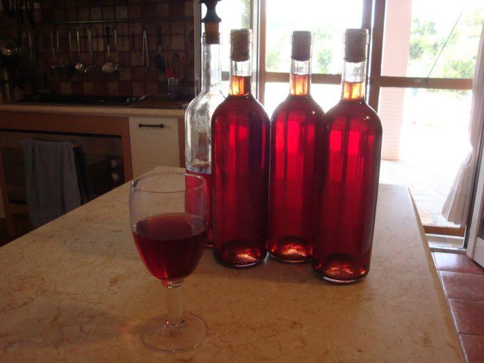 saldus naminis vynas