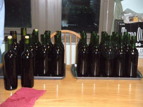 vyno pilstymas i butelius